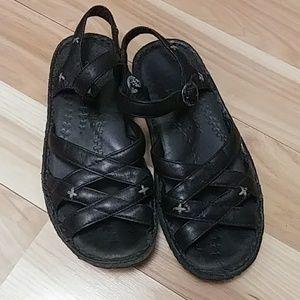 Keen Sandals 8.5
